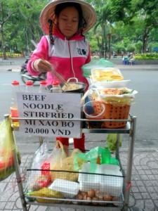 Best Street Food Vietnam - Mi Xao Bo