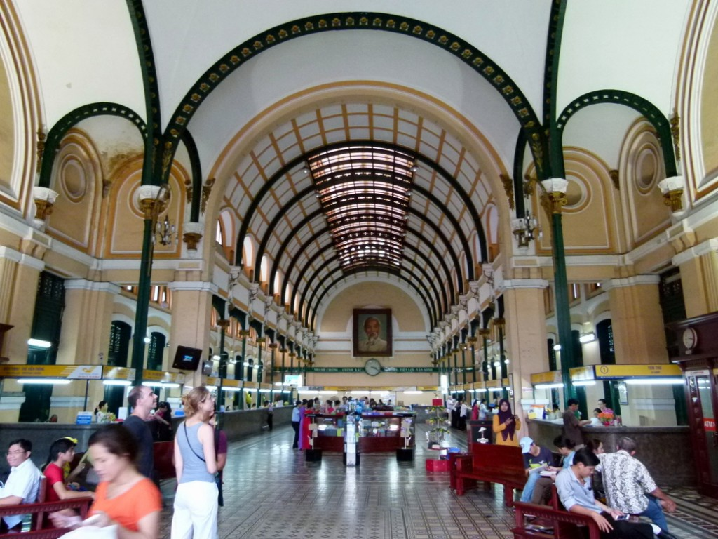 Saigon Central Post Office - Interior