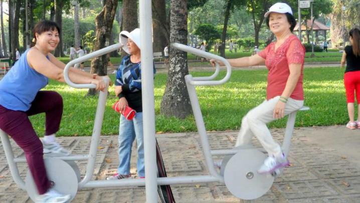 Walking Around Ho Chi Minh City - Day 1 - Ho Chi Minh City Highlights