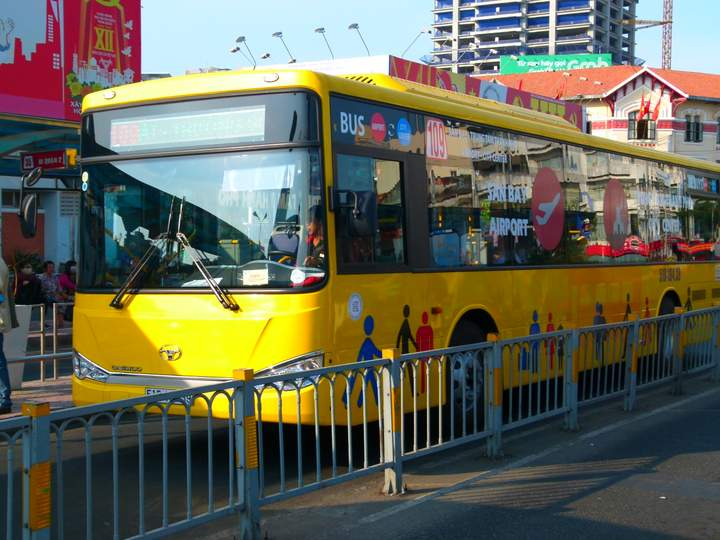 Take a Bus to Ho Chi Minh Airport - Ho Chi Minh City Highlights