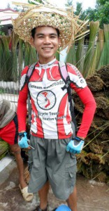 Vietnam cycling Reviews- Local Mekong hat maker