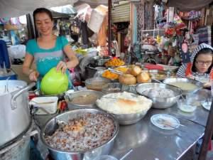 Saigon Hotpot - market visit