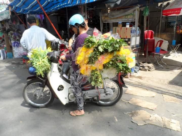 Flower Market Saigon - Delivery