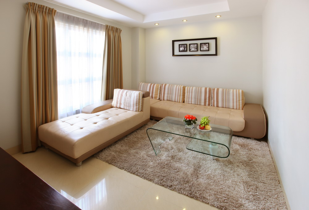 The spacious living area in the Executive room. (photo courtesy of the Sanouva Saigon Hotel