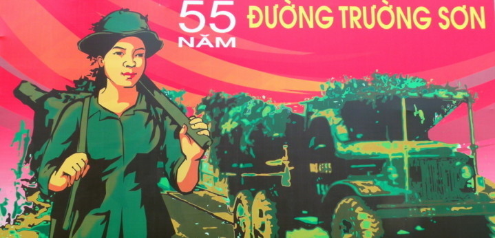 Sophie's Art Tour - Vietnam's History, Through Artists' Eyes - Ho Chi Minh City Highlights