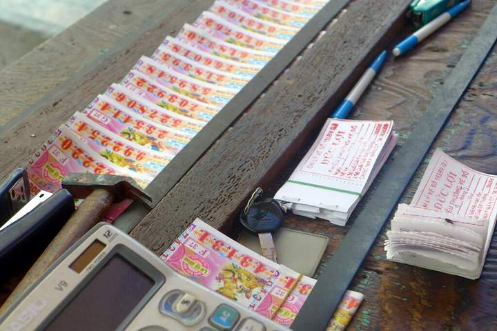 Insiders View Ho Chi Minh City - Lottery tickets De Tham Street