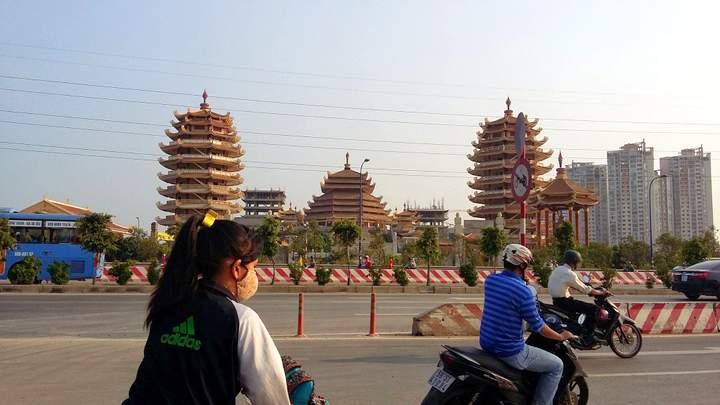 andygoestoasia.com -Street Scenes