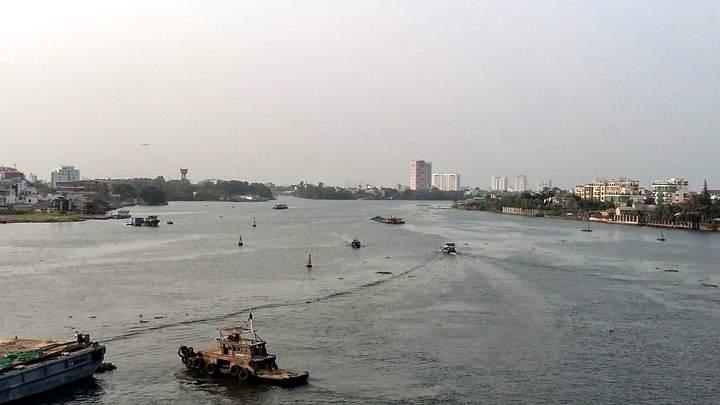 andygoestoasia.com - Saigon River
