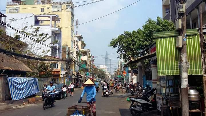 andygoestoasia.com - Saigon Street Scenes